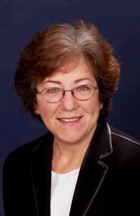 Dr Carmen Lawrence's photo for the 2004 election campaign