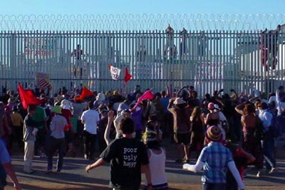 the razor wire of Woomera - photo taken during the 2004 Easter protests at the camp