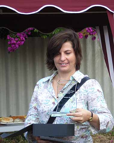 Justine Brosnan, who was presented with the 2006 Volunteer of the Year Award
